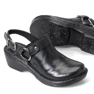 NWOB Born Jella Slingback Harness Clogs Black
